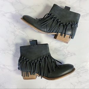 Rebels Castle Black Fringe Western Boho Booties 37